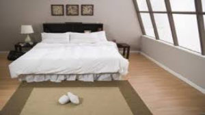 are latex backed rugs safe for laminate floors